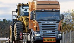 2004 Scania R 580 6x2 Topline  heavy-haulage tractor.  Sweden. Photo: Jonas Nordin  03979  (A3)