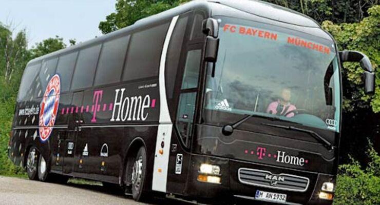 Bus des FC Bayern von MAN
