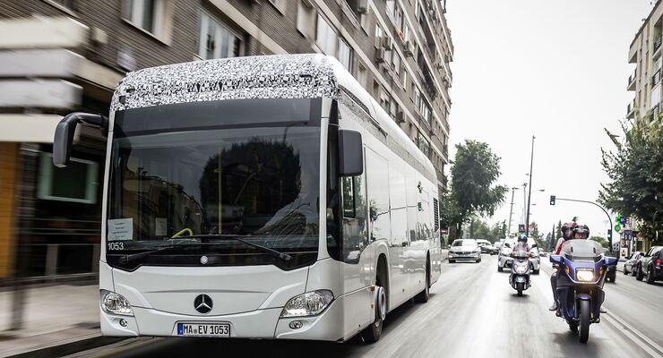 Elektromobilität: Emissionsfrei durch die City: Der Countdown für den Mercedes-Benz Citaro mit vollelektrischem Antrieb läuft
