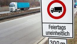 Fahrverbote für Lkw an Feiertagen