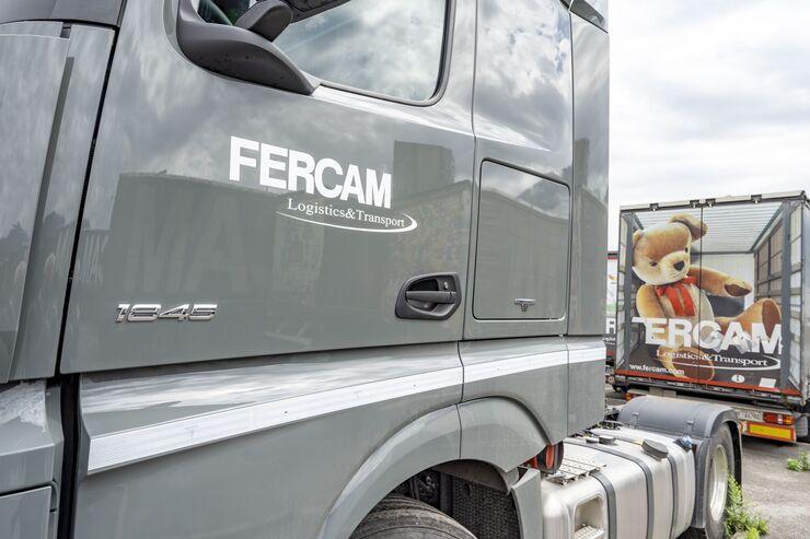 Fercam Truck mit Teddybär auf Rückseite