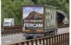 Fercam Truck mit Werbung Messner Mountain Museum