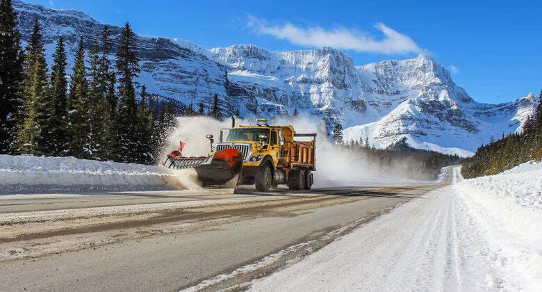 Kanada Northwest Territories NWT Alberta Winter Ice-Roads Ice-Road-Truckers Trucker Trucks Hauber Abenteuer Peterbilt Volvo Western Star 2020