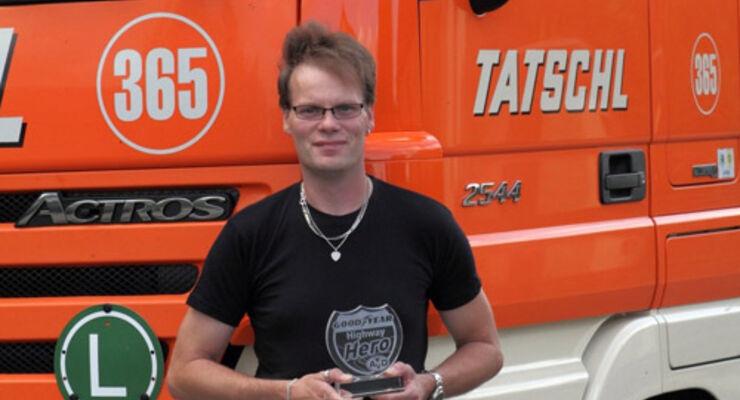"Lkw-Fahrer Jörg Ballsieper ist der ""Highway Hero"" im August"