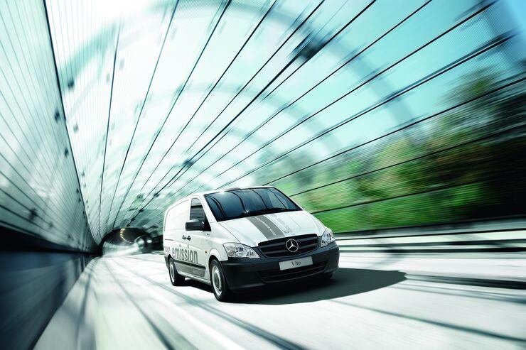 Mercedes-Benz Vito E-Cell, Tunnel, Glas, Werbefoto
