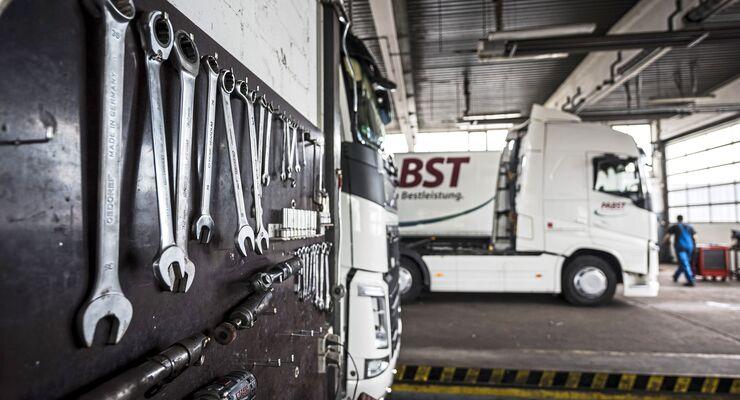 Nfz-Werkstatt von Pabst Transport in Gochsheim
