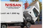 Nissan Cabstar, gekippte Kabine