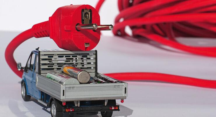 Pritschenwagen, Batterien, Kabel