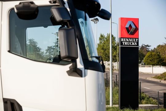 Renault Trucks erweitert Garantie auf Ersatzteile.