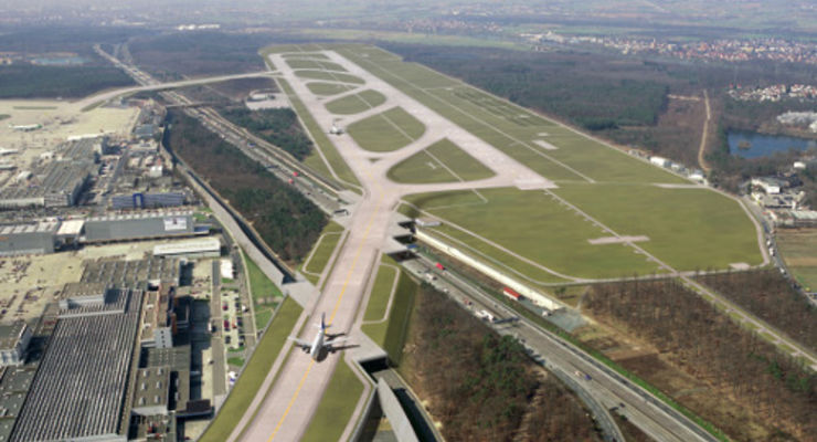 Richter genehmigen Ausbau des Frankfurter Flughafens