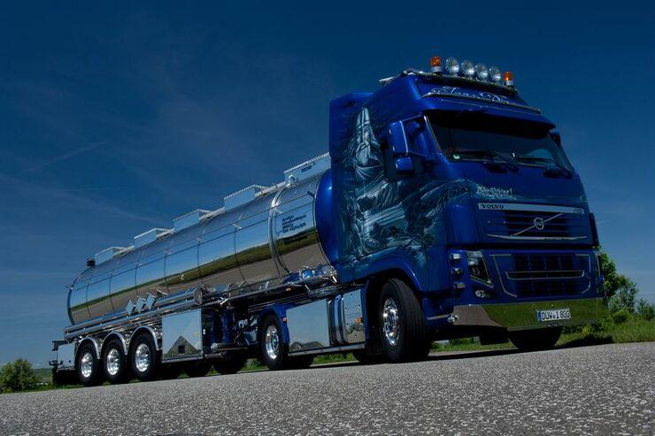 Supertruck FERNFAHRER 11-2010, Volvo FH 16 von Ingo Dinges aus Deutschland, Truck
