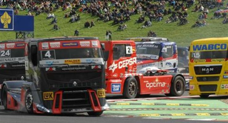 Truck Race Most