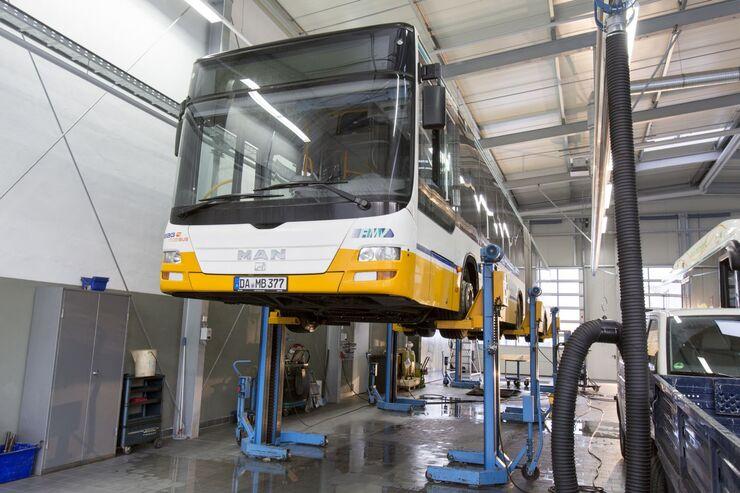 ZF, Friedrichshafen, Werkstatt, Arbeitsvorbereitung, Gelenkbus